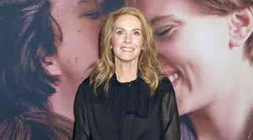 Julie Hagerty Height, Age, Net Worth, Affair, Career, and More