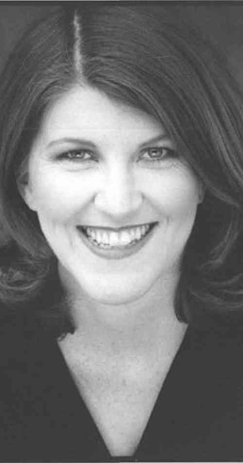 Kate Flannery Height, Age, Net Worth, Affair, Career, and More