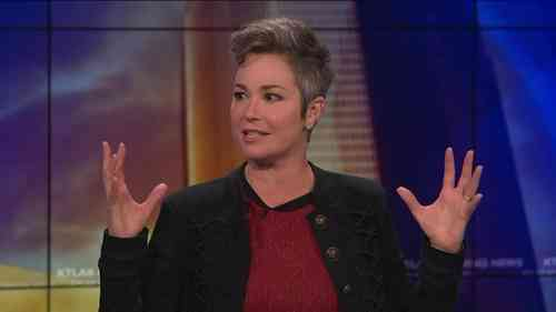 Kim Rhodes Net Worth, Age, Height, Career, and More
