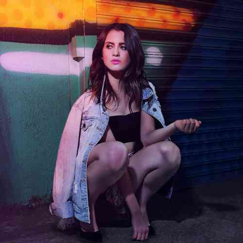 Laura Marano Age, Net Worth, Height, Affair, Career, and More