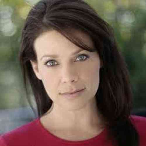 Meredith Salenger Age, Net Worth, Height, Affair, Career, and More