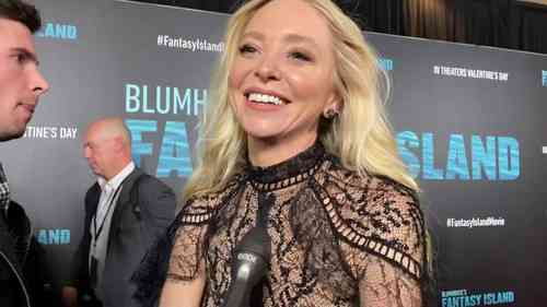 Portia Doubleday Height, Age, Net Worth, Affair, Career, and More