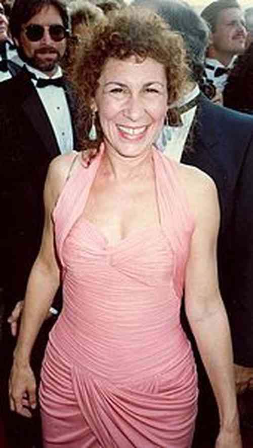 Rhea Perlman Net Worth, Height, Age, Affair, Career, and More
